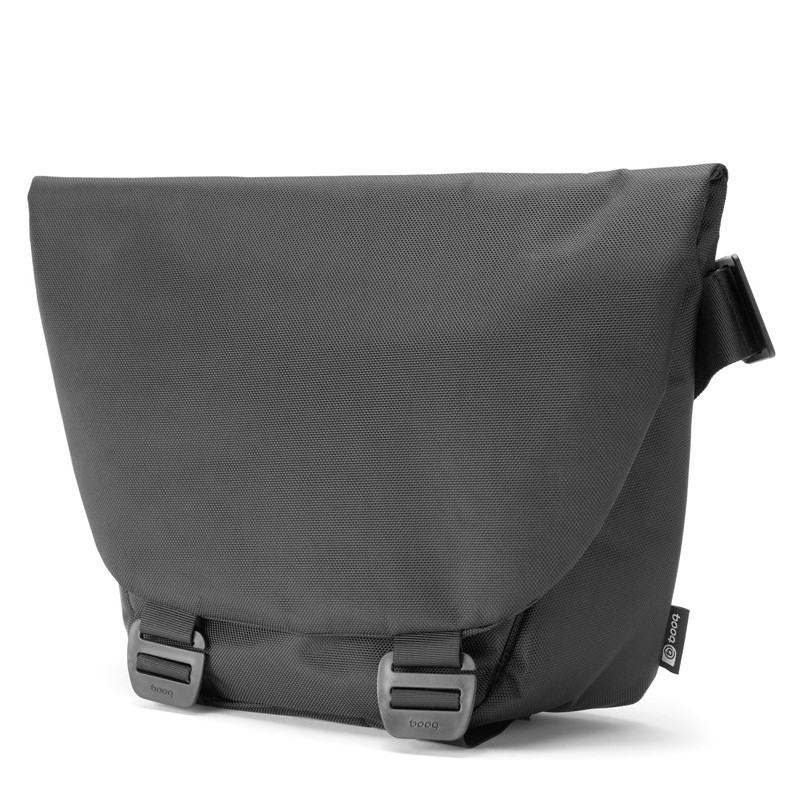 Booq - Shadow 15 inch Laptop Messenger Black 02