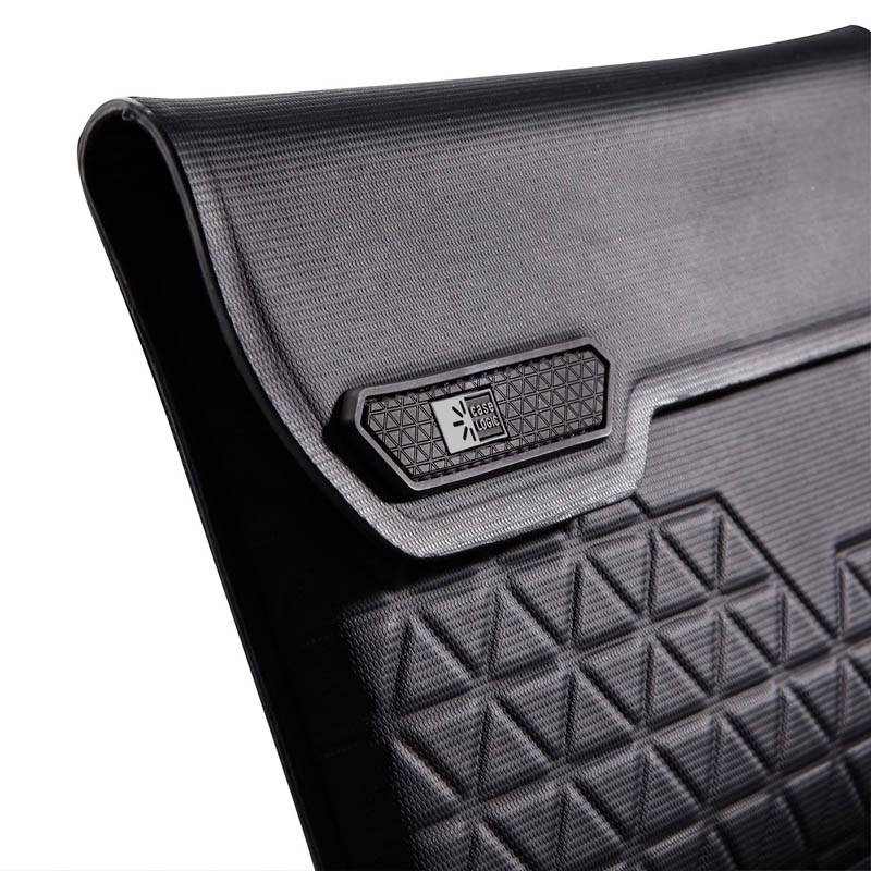 Case Logic SSAI301 Welded iPad Sleeve Black 05