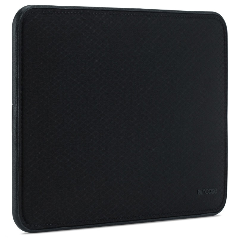 Incase - ICON Sleeve MacBook Pro 13 inch / Air 2018 Ripstop Black 04