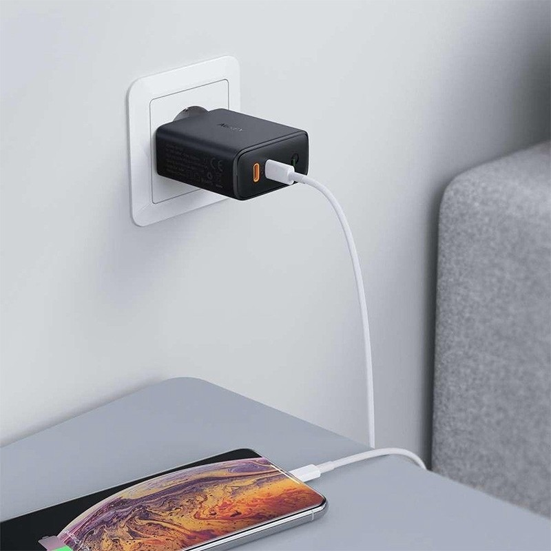 Aukey Dual-Port Oplader 36W USB-C en Power Delivery Zwart 04