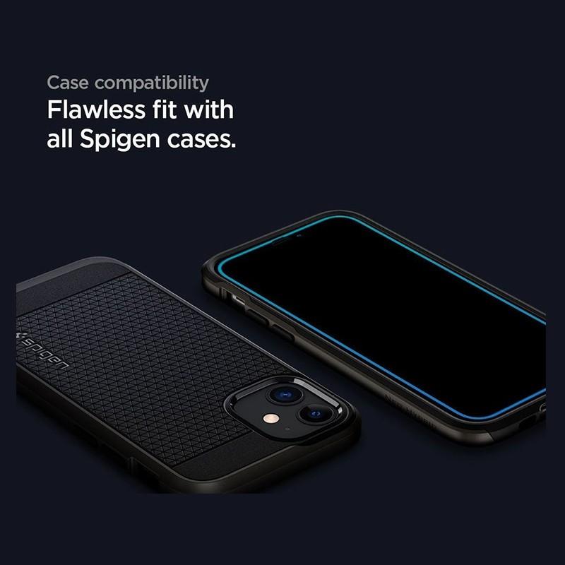 Spigen Glass tR HD iPhone 12 / 12 Pro 2 Pack 04