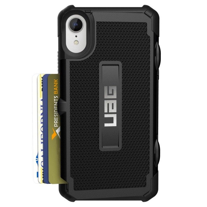 UAG Trooper Card Case iPhone XR Zwart 01