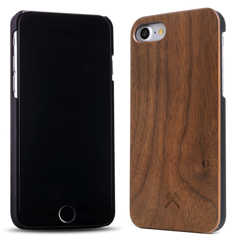 Woodcessories - EcoCase Classic iPhone 7 Walnoot 02