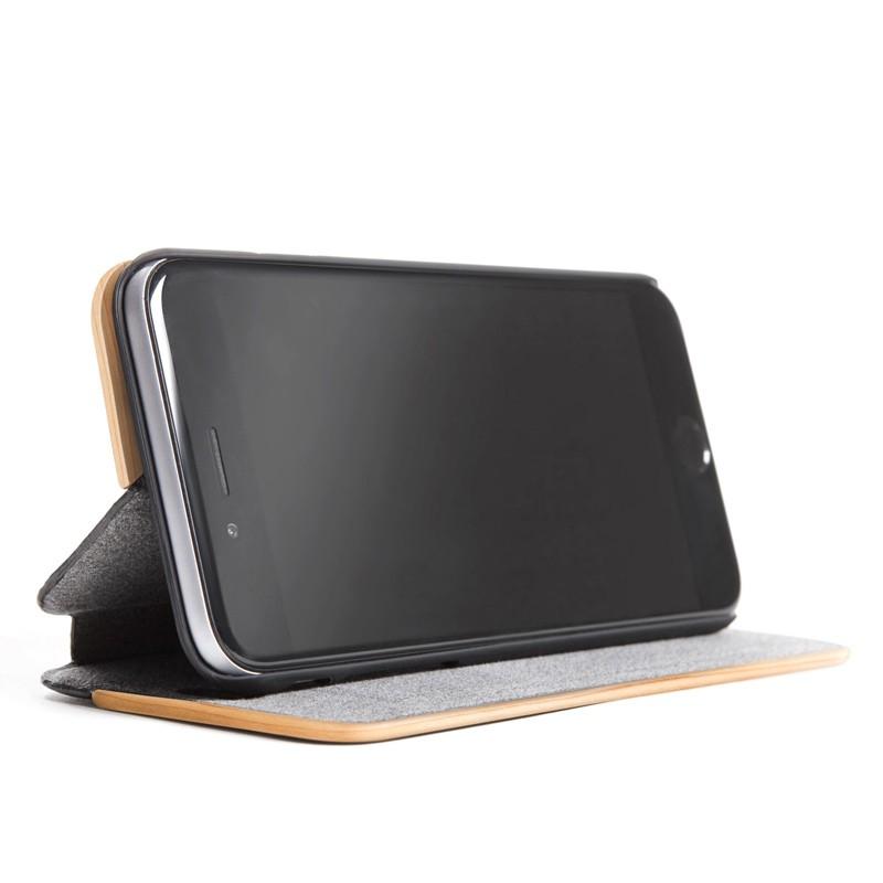 Woodcessories - EcoCase FlipCover iPhone 7 Plus Maple 03