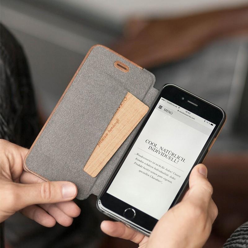 Woodcessories - EcoCase FlipCover iPhone 7 Plus Maple 05