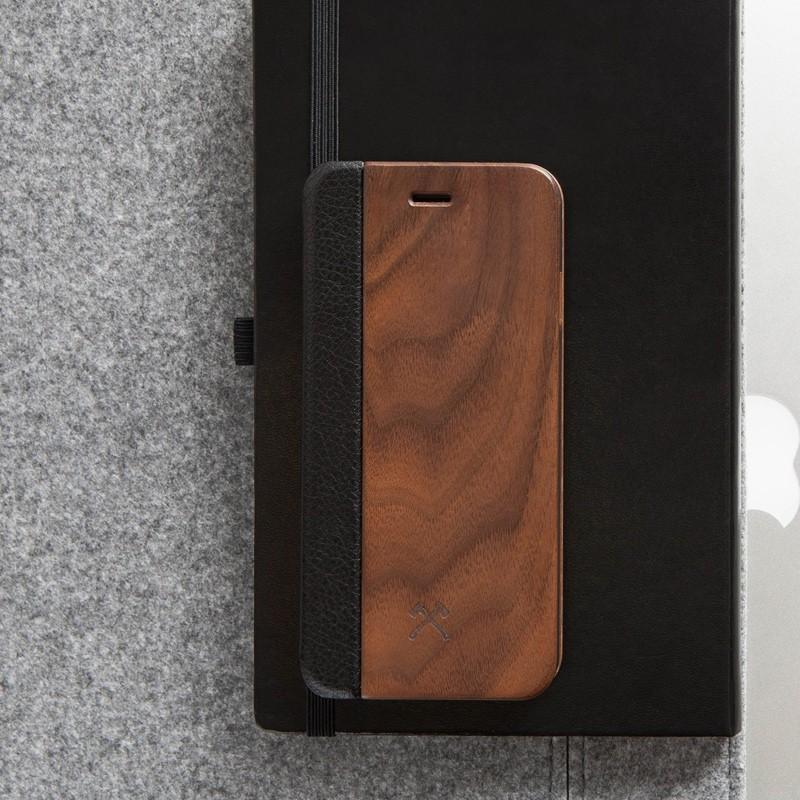 Woodcessories - EcoCase FlipCover iPhone 7 Walnoot 06