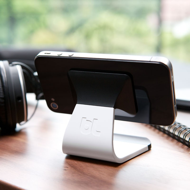 Bluelounge Milo iPhone Stand White - 6