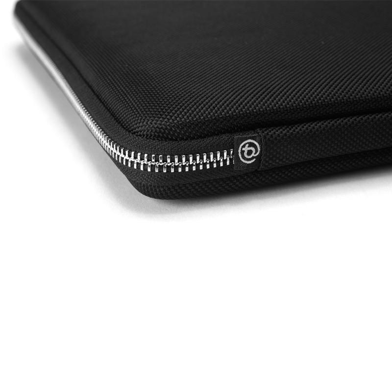 Booq - Hardcase S (MacBook Pro 13 inch / Air 2018) Black 06