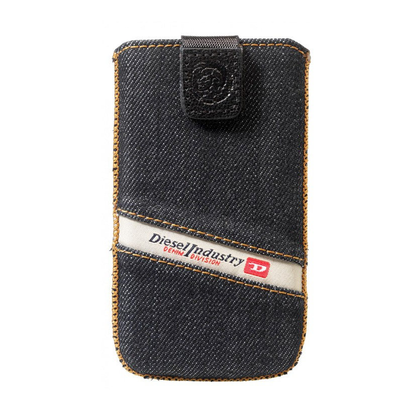 Diesel Whisper Sleeve voor iPhone 01