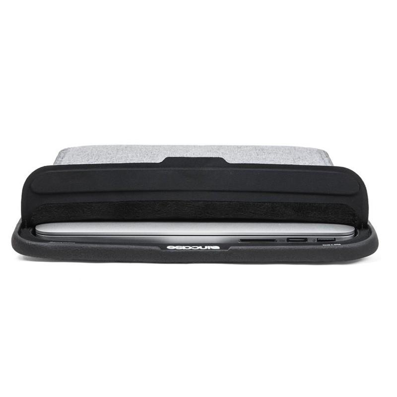 Incase ICON Sleeve Macbook Pro 13 inch Retina Heather Grey - 4