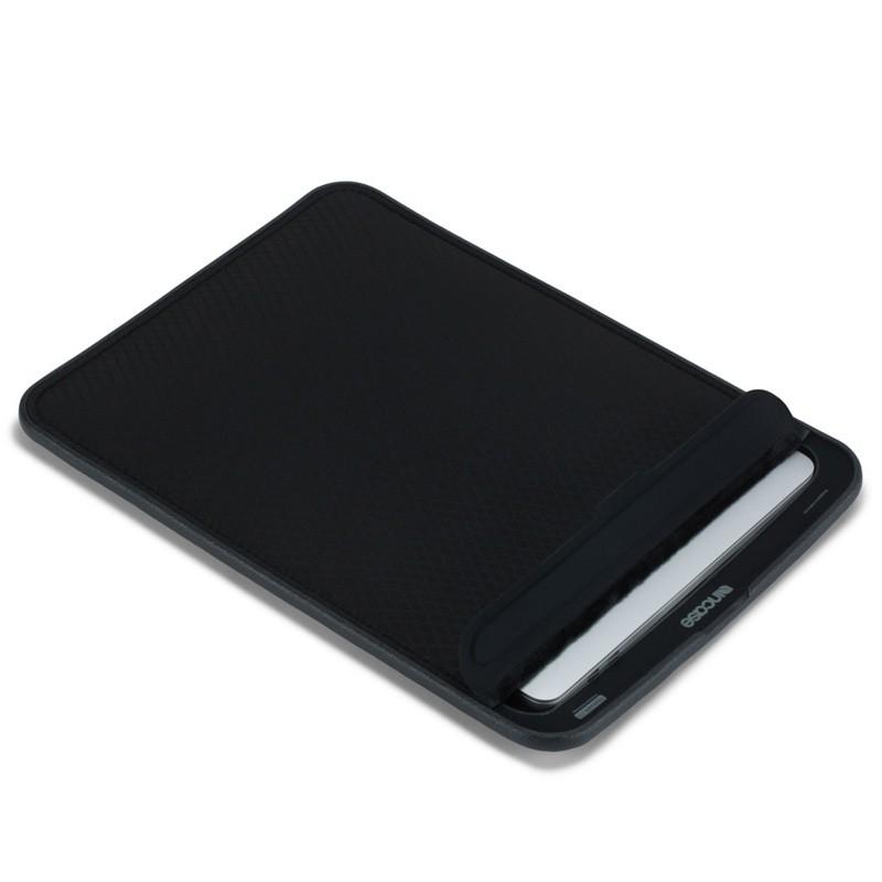 Incase - ICON Sleeve MacBook Pro 13 inch / Air 2018 Ripstop Black 01