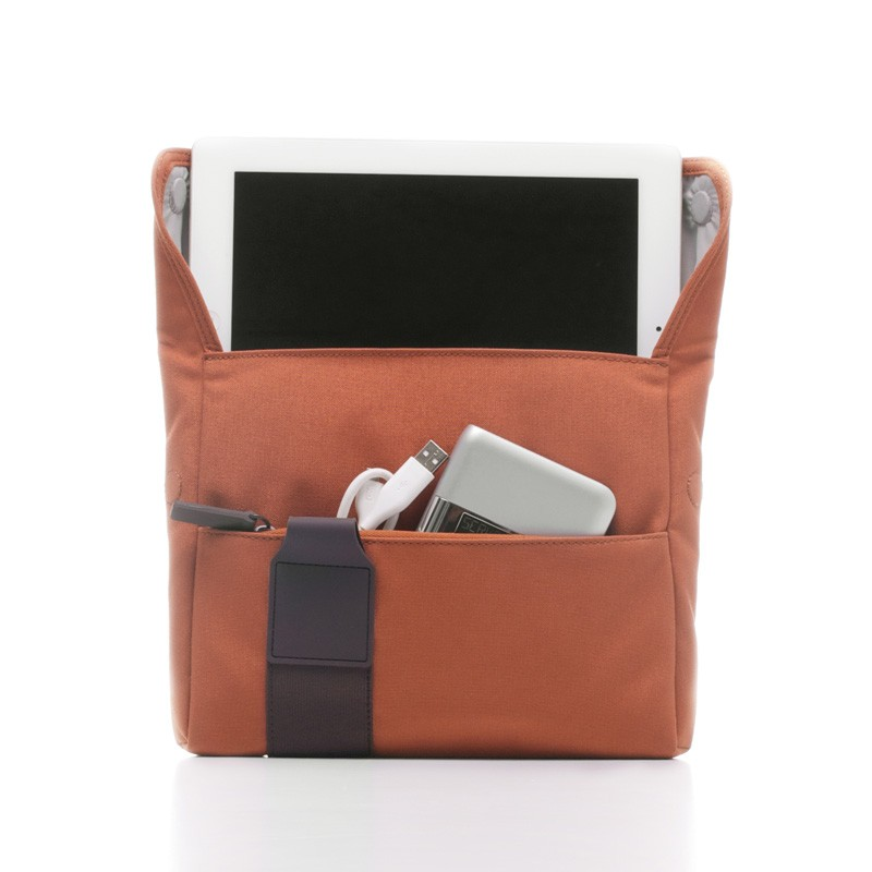 Bluelounge iPad Sling Bag Rust Brown - 1