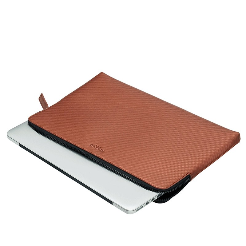 Knomo - Embossed Laptop Sleeve 15 inch MacBook Pro Copper 05