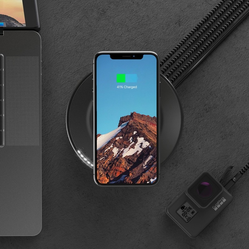 Nomad Wireless Qi Charging Hub - 8