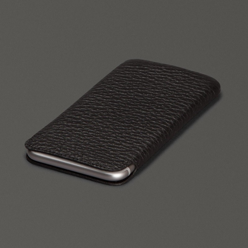 Sena Ultraslim Classic iPhone 6/6S Fuchsia - 2