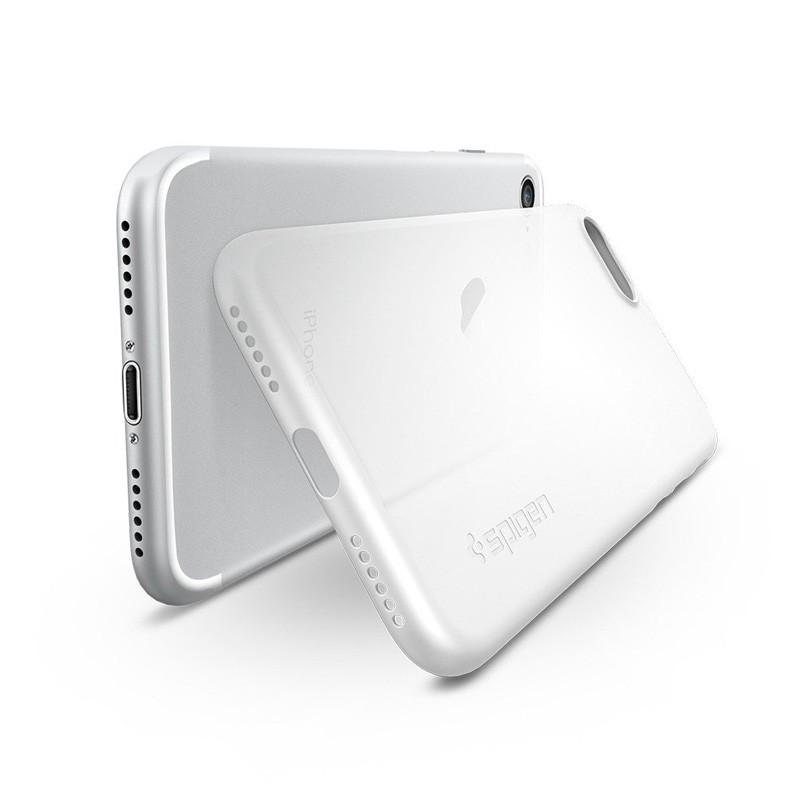 Spigen AirSkin iPhone 7 Soft Clear - 2