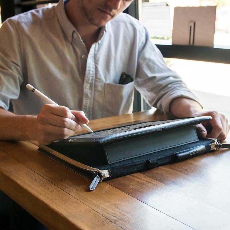 Twelve South - BookBook iPad Pro 12.9 inch Brown 07