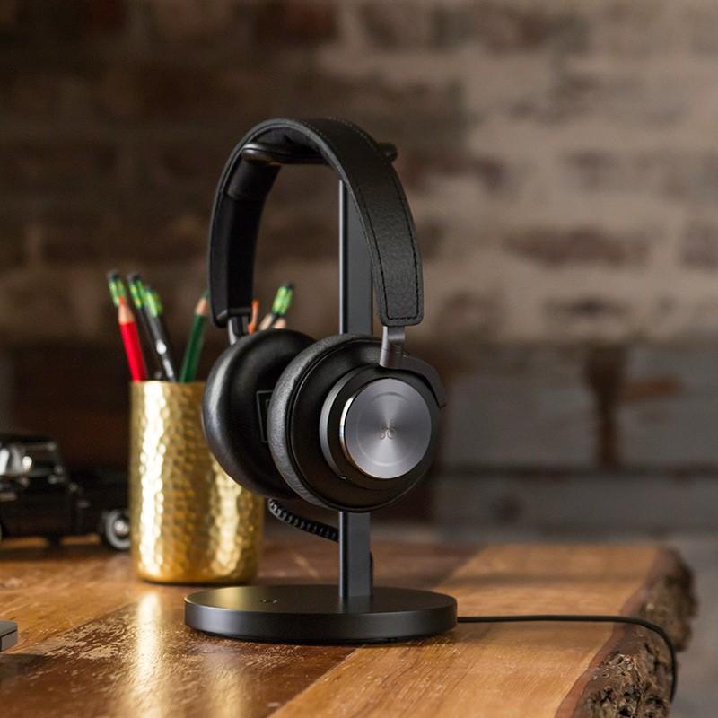 Twelve South - Fermata Headphone Charging Stand Black 07