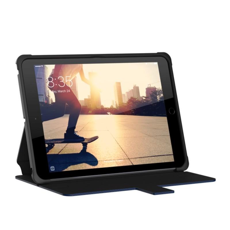 UAG - Metropolis Hoes iPad (2017) / iPad Air Blue 07