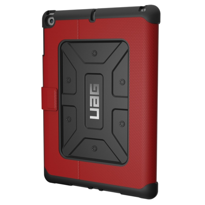 UAG - Metropolis Hoes iPad (2017) / iPad Air Red 03