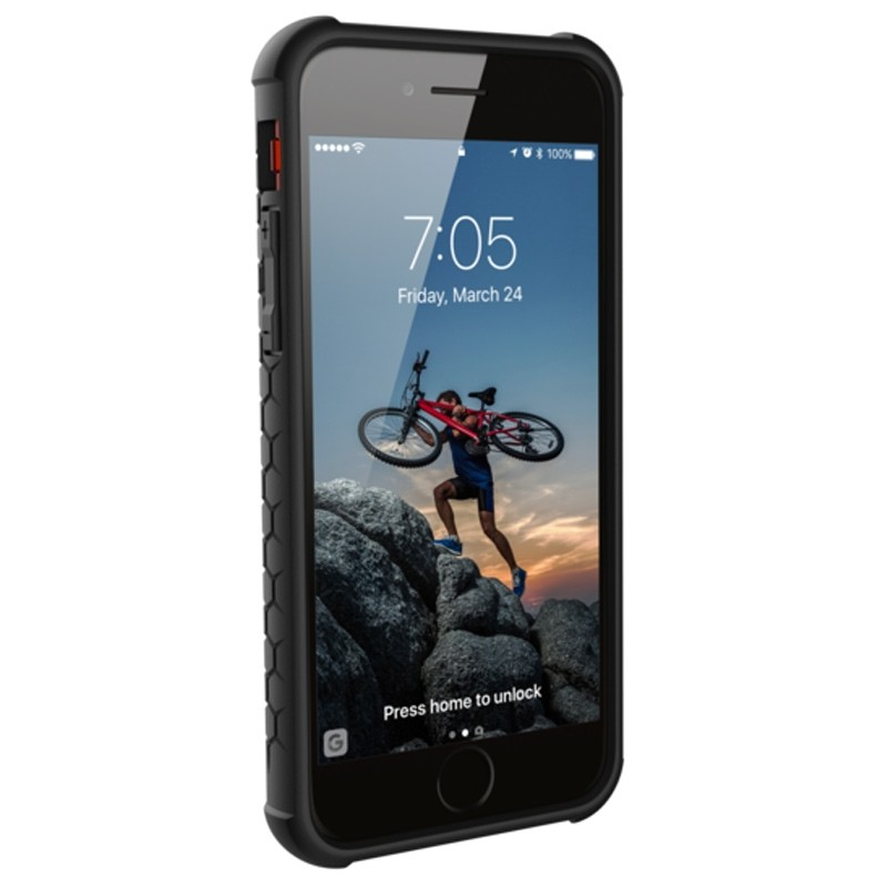 UAG - Monarch iPhone 6 / 6S / 7 hoesje rood 4