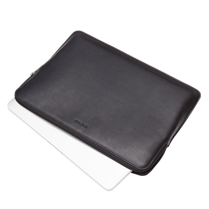 Knomo - Barbican Sleeve 15 inch Black 03